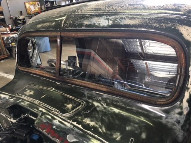 Classic car custom windshield glass replacement Sacramento CA (31)