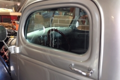 Classic car custom windshield glass replacement Sacramento CA (26)