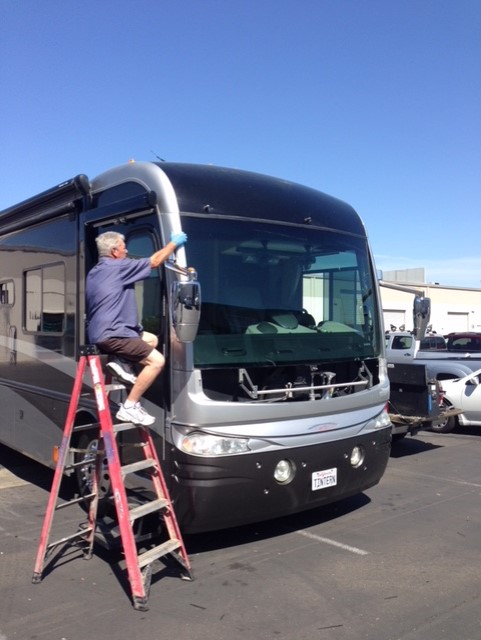 RV Windshield Glass Replacement Company in Sacramento CA (10)