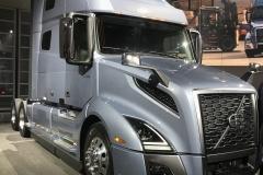 Volvo Truck Windshield Glass Replacement Company Sacramento CA
