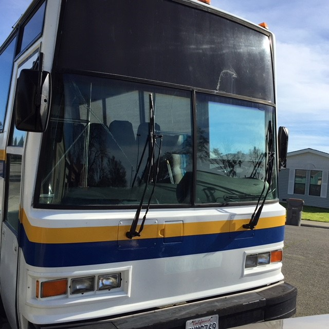 Metro Public Bus Windshield and Side Window Glass Replacement Company Sacramento