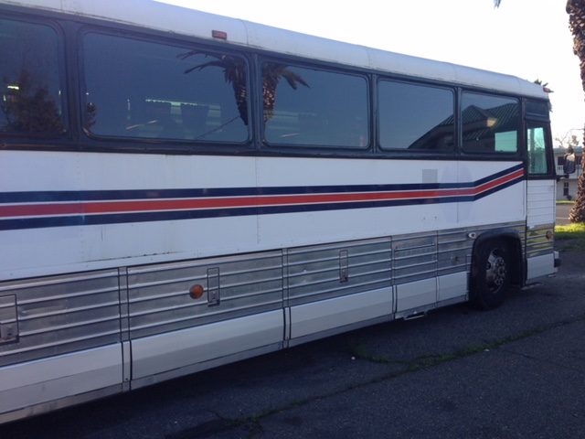 Tour Bus Windshield and Side Window Glass Replacement Company Sacramento CA
