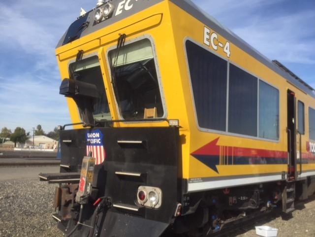 Train window glass replacement company in Sacramento Roseville Davis